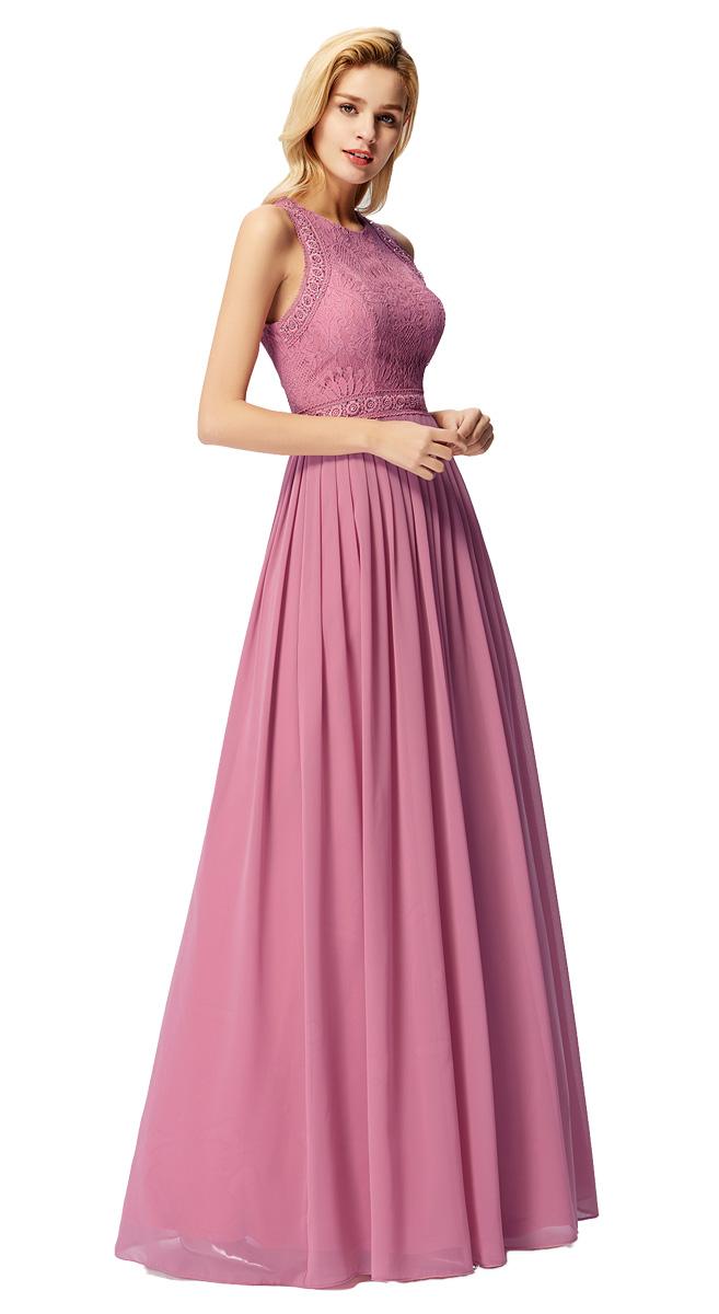 Lze volit šaty splývavější či šaty s obručemi f5d8e58586